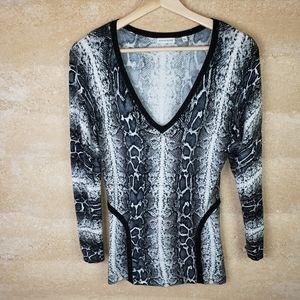 Boston Proper Sweater XS Snake Print